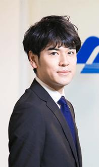 2004年入社 部長 滝尻 圭介